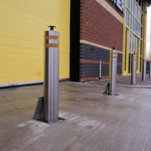 Lift Out Bollards